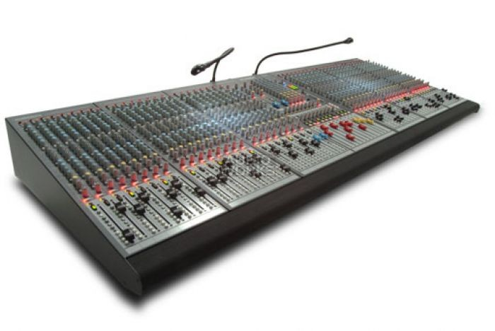 ALLEN & HEATH GL2800-24A PROFESSIONAL MIXING DESK